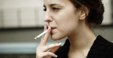 El 40% de las mujeres diagnosticadas con cáncer de pulmón no son fumadoras, según expertas