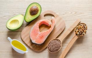 Vinculan los omega 3 del pescado con mejores resultados en el cáncer de colon