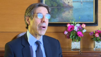Managing cancer and living meaningfully ( Dr Gary M. Rodin - UHN Princess Margaret Hospital, Toronto, Canada )