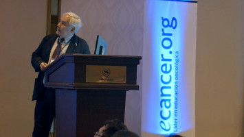 Tomoterapia en cáncer de mama hipofraccionada - Impacto médico clínico ( Dr Hugo Marsiglia - Fundación Arturo López Pérez, Chile )