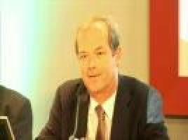 Medical cancer therapy beyond standard chemotherapy ( Professor Michael Hallek - Koln University, Germany )