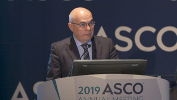 Pembrolizumab comparable to chemotherapy for patients with advanced gastric or gastroesophageal junction cancers ( Dr Josep Tabernero - Vall d'Hebron Barcelona University Hospital , Barcelona, Spain )