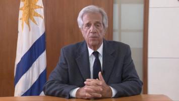 Políticas Públicas responsables en el combate a las Enfermedades No Trasmisibles ( Dr. Tabaré Vazquez. Sr. Presidente de la República oriental del Uruguay )
