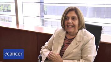 Soluciones a través de equipos multisectoriales ( Dra. Graziella Donnet - LALCEC, Buenos Aires, Argentina )