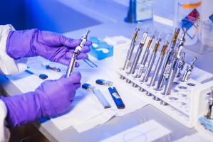 Identifican un biomarcador que puede ayudar a predecir los beneficios de la inmunoterapia