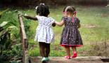 Un estudio revela disparidades raciales y étnicas en los cánceres infantiles por año de edad