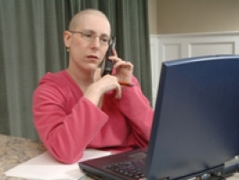 Telephone interventions could be used to reduce symptoms of cancer