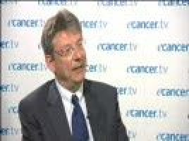 The use of monoclonal antibodies to treat mesothelioma ( Prof Jan van Meerbeeck - University Hospital, Ghent, Belgium )