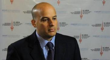 Cirugía mínimamente invasiva para el cáncer primario y metastásico de hígado ( Dr Hector Almau - Hospital Militar Carlos Arvelo, Caracas, Venezuela )