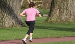 Caminar una hora al día, vinculado a un menor riesgo de cáncer de mama