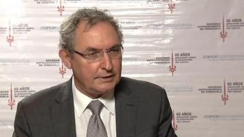 Mejorando los enfoques integrados para el tratamiento y los cuidados del cáncer ( Dr Rolando Camacho - IAEA, Austria )